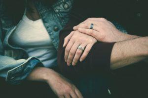 Eifersucht bekämpfen selbstvertrauen finden liebe dich selbst Beziehung retten